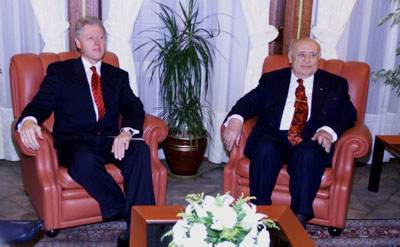 President Clinton and President Demirel prepare for private talks at the Presidential Palace.