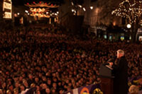 The President speaks to 15,0000 people in the town of Dundalk, Ireland